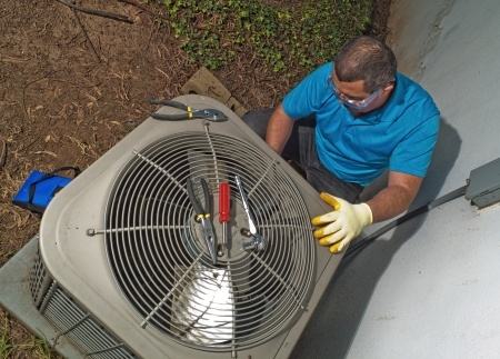 6 Clear Indicators of a Faulty AC
